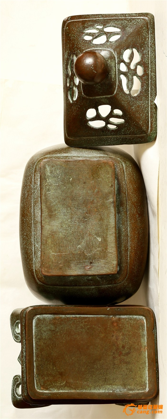 """晚晴寄托""""乾隆年制""""款 三件套 造型浑圆端庄级有�致的铜熏炉(消保�u家低价�u�N)图9"""