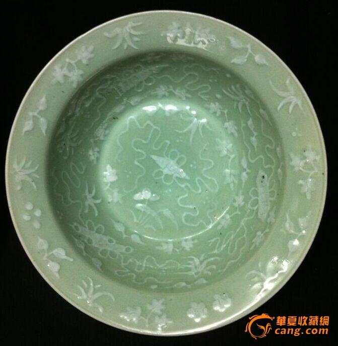 (联盟)乾隆豆青釉堆白暗八仙超大净手盆