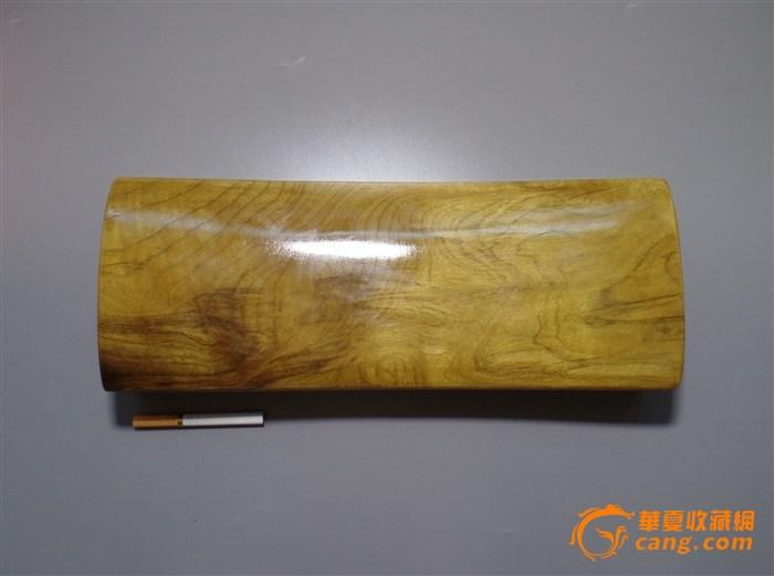 金丝楠木枕头图1