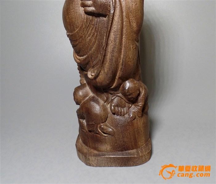 上海首届非遗拍卖开幕 黄花梨木雕《达摩祖师》260万摘头筹