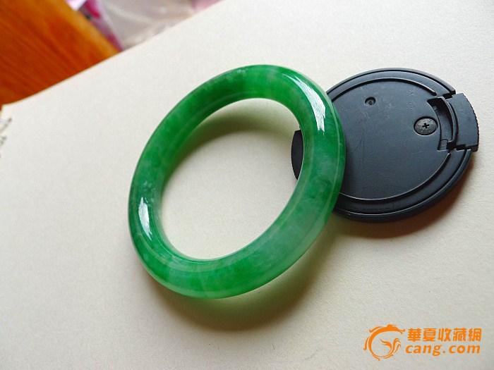 缅甸翡翠a货满阳绿圆条手镯