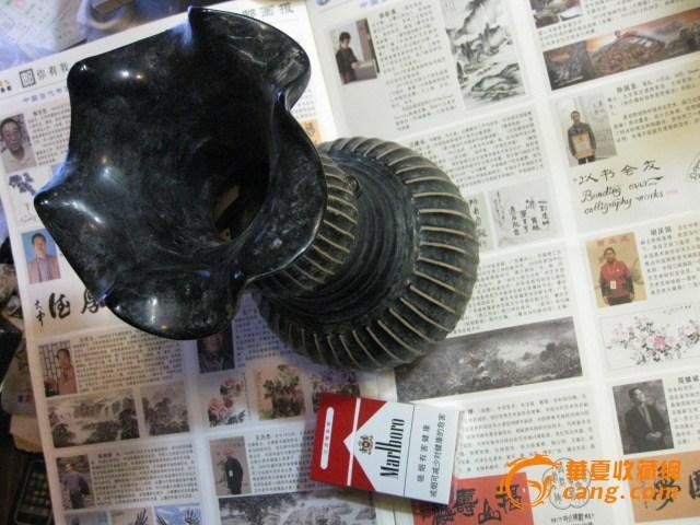 漂亮完整的老花口瓶。高26.3厘米