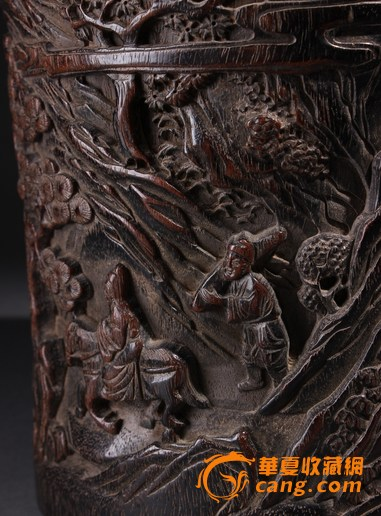 清代 小叶紫檀木雕山水人物笔筒