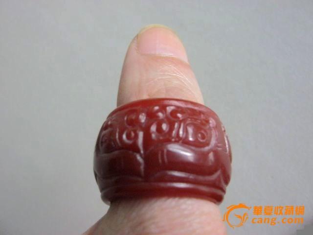 玛瑙兽纹扳指