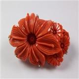 精品17克18k白金红珊瑚雕刻胸针(带原装盒)