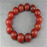 典雅的一串樱桃红玛瑙佛珠