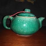 清晚民国梨形大茶壶
