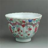 清三代 粉彩 花卉纹 菱口杯